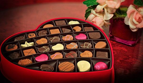 20 recetas de San Valentin faciles y baratas. Una selección de recetas perfectas para elaborar un menú romántico y sorprender a tu pareja.