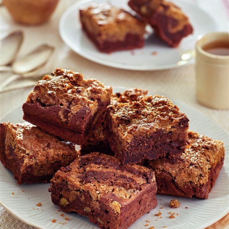 paso_a_paso_para_realizar_brownie_de_chocolate_con_nueces_y_cookies_de_chocolate_resultado_final